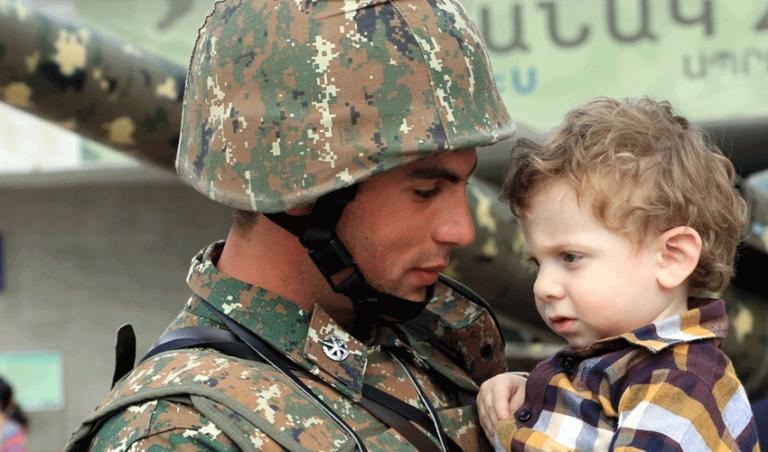 Победить армянскую армию можно только предательством. С праздником, армянский солдат!