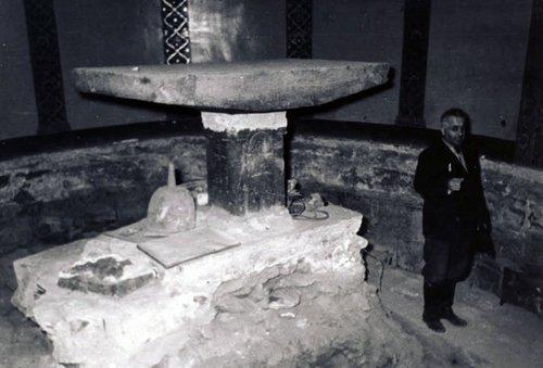 Уникальные находки ученых под Эчмиадзинским храмом