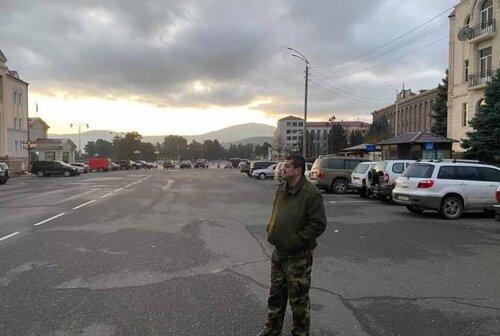 Опомнитесь, стыдно, не поддавайтесь игре Алиева во флаги, хватит заниматься ерундой!