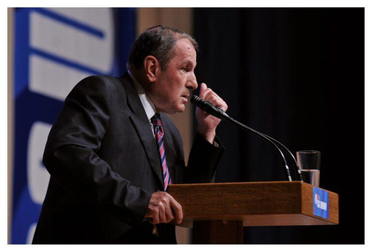 Lևոն Տեր-Պետրոսյանը խորհուրդ է տալիս Փաշինյանին հեռանալ թե՛ պաշտոնից, թե՛ երկրից