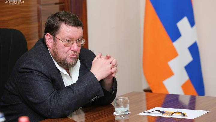 Հայաստանի վարչապետը ակնհայտորեն գլխից հիվանդ է․ ռուս քաղաքագետի սկանդալային գրառումը
