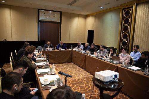 Московские армяне провели конференцию о состоянии дел в Армении и выразили обеспокоенность по многим вопросам: революция должна быть ощутимее. ВИДЕО