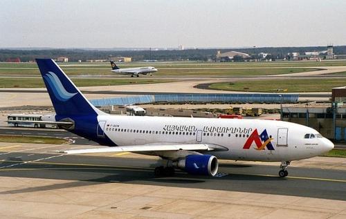 Пашинян наконец понял, что Армении нужен национальный авиаперевозчик, но юная шефиня управления гражданской авиации гнет иную линию