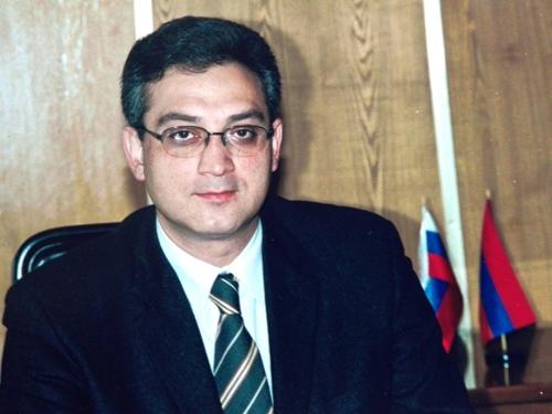 «Сволочи!»: бывший замминистра, занимавшийся в 1998 году внедрением кассовых аппаратов в Армении, жестко раскритиковал их монополизацию
