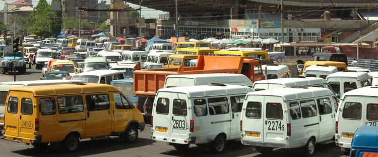 Ереванцам обещали шикарные автобусы, но купят старые добрые «Газели»