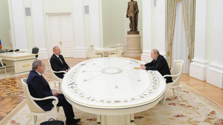 Հայաստանի, Ադրբեջանի և ՌԴ ղեկավարների կողմից ստորագրվելիք փաստաթղթի տեքստը հայտնվել է համացանցում․բացառիկ ֆոտոներ