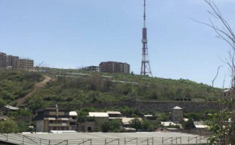 Очередной позор: власти Армении продают сады Норка
