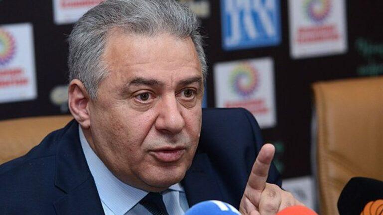 Вагаршак Арутюнян покинет пост главы Минобороны