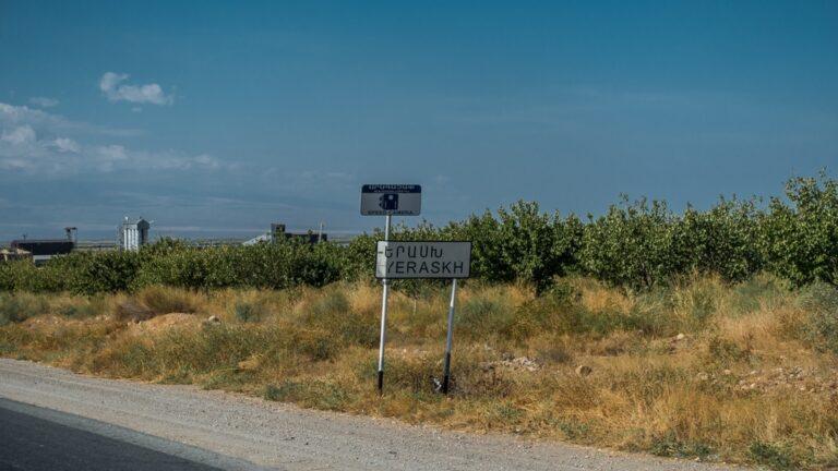 Вместо борьбы с врагом власти угрожают собственным гражданам: эксперты об азербайджанской агрессии в Ерасхе