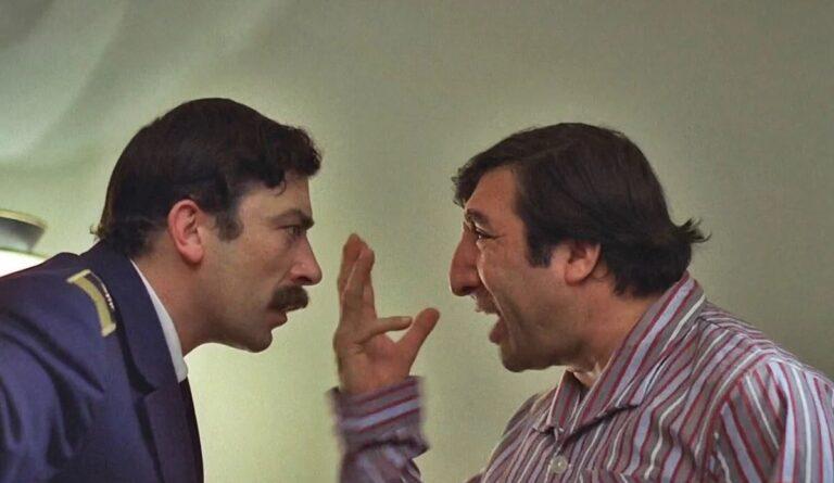 Привет, диктатура: в Армении за «тяжкие оскорбления» введут штрафы до 6 тыс. долларов и арест до трех месяцев