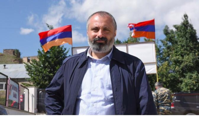 «У нас нет выбора, нужно быть сильными»: интервью министра иностранных дел Арцаха Давида Бабаяна