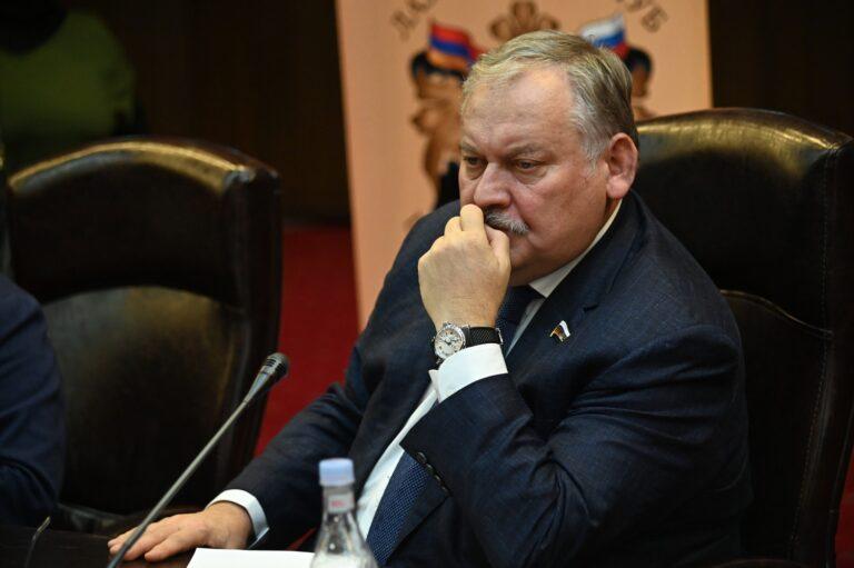 Не поддержать армянский народ в такой момент — значит для России предать себя: Затулин