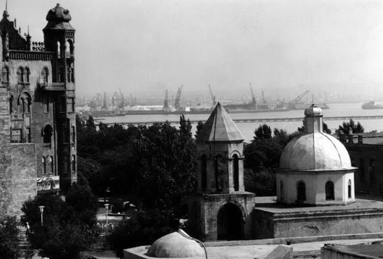 В Баку армян жило больше, чем азербайджанцев во всей Армении: историк разложил по полкам