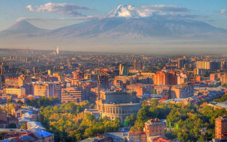 Туристический бум: Армения – самое популярное осеннее направление для путешественников из РФ