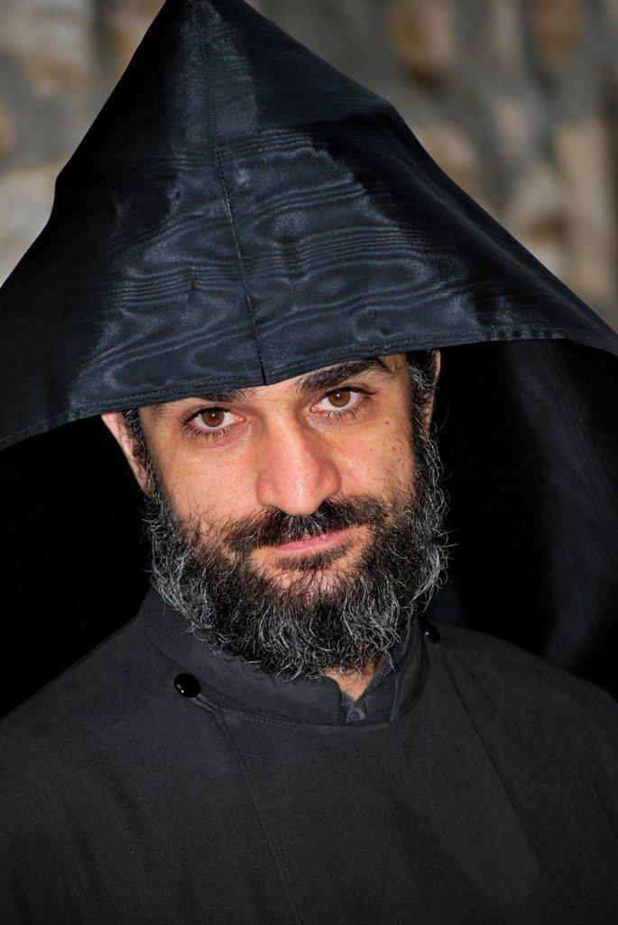 «Армянская церковь – православная, ее перестали называть православной, чтобы не ассоциироваться с РПЦ»: архимандрит Иммануил