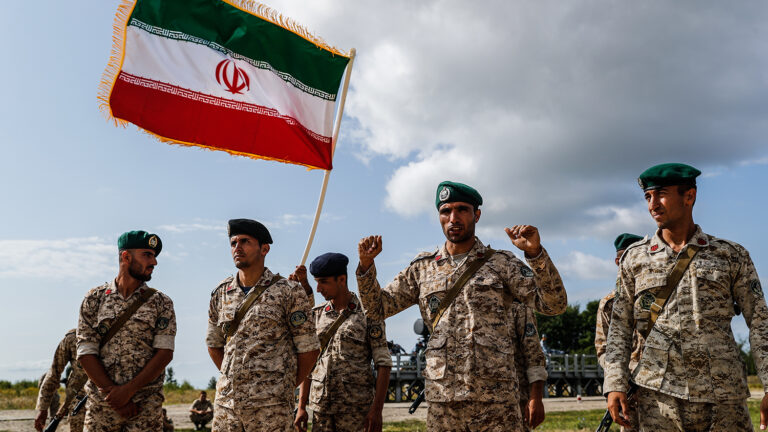«Иран должен открыто поддержать Армению и поднять восстание талышей в Азербайджане»: в Иране начали просыпаться