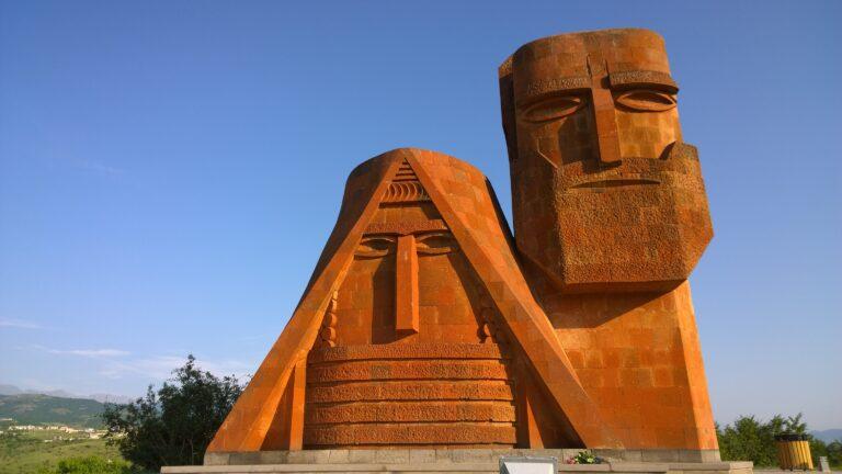 «Арцах – это культурный и религиозный центр Армении»: доклад ЦРУ США